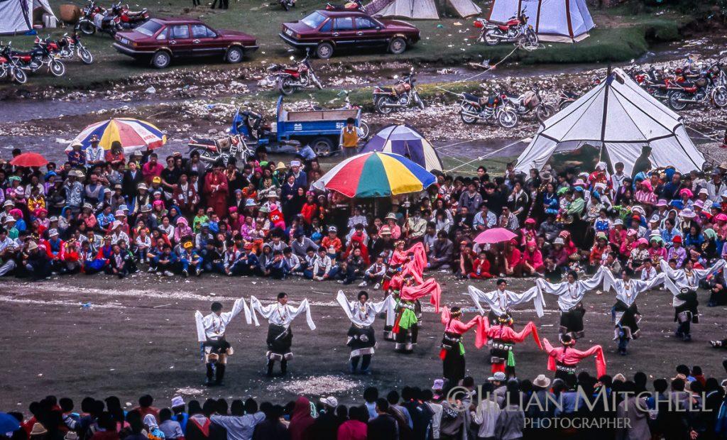 Tibetan Nomad Festival in Langmusi